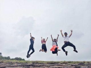 jump midair joy gravity friends freetoedit