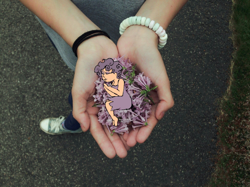 #girl #flower#remix #remixit #purple #violet #pale #palepurple #drawing #bored #cute #green #flowers #draw #night #hands #littelgirl #summer #spring