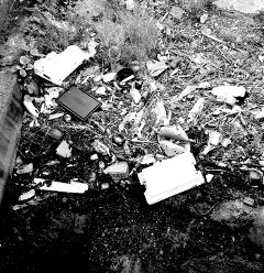 blackandwhite photography trash freetoedit