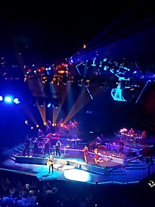 #concert #neildiamond #lights