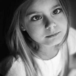 portrait child blackandwhite