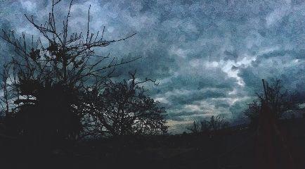 dia nublado frio invierno