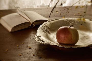 freetoedit stilllife apple