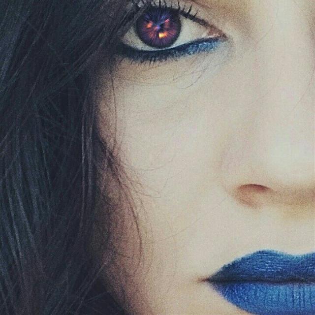 Blue cold. #madewithpicsart #transformationtuesday #prismeffect #blue #artisticportrait#Makeupselfie