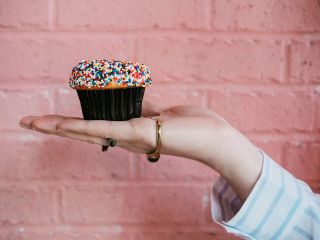 freetoedit hand cake cupcake people