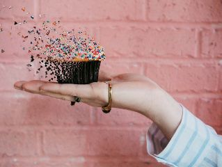 freetoedit girl hand cake cupcake