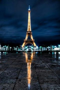 night paris bluesky tower city