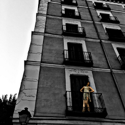 madrid urban urbanart blackandwhite colorsplash