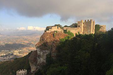 castle italy travel photography photo