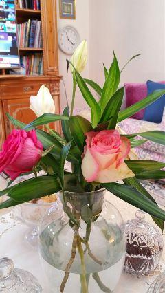 livingroom remixit familytime roses