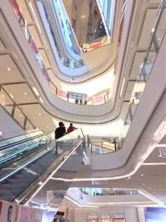 mall fancy shiny white gleaming freetoedit