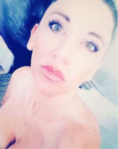 freetoedit greeneyes skin pinklips woman