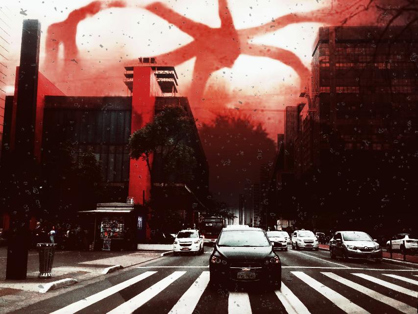 Demogorgon at Paulista Avenue 😭 #strangerthings #avenue #freetoedit #demogorgon #paulista #art #terror #scifi #monster #sky #metropolis