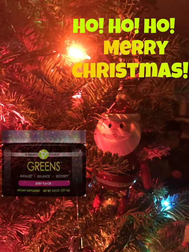 #itworksgreens #merrychristmas #greens #santaclause #christmastree