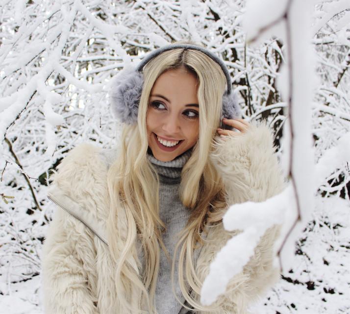 #freetoedit #girl #blondhair
