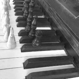 pcpiano piano chesspieces