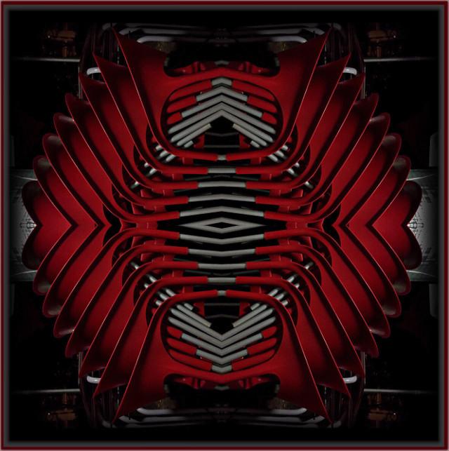 #mirrormaniamonday #art #design #style #mirrorart #photomanipulation #distorted #abstractart #framedpicture #myphotomyedit #mystyle #myart