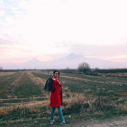 ararat armenia road red