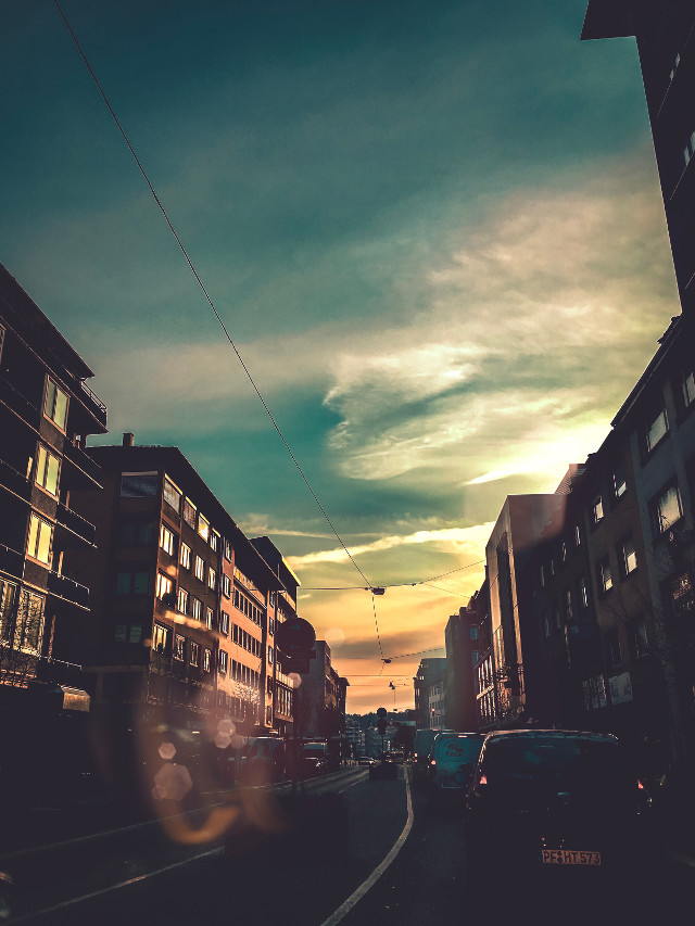Beautiful mornings ☺️  #freetoedit #morning #mornings #moody #moodygrams #instagram #vipshoutout #skylovers #sky #interesting #art #sky #nature #photography #naturelovers #winter #imagine #creative #creativeedit #artwork