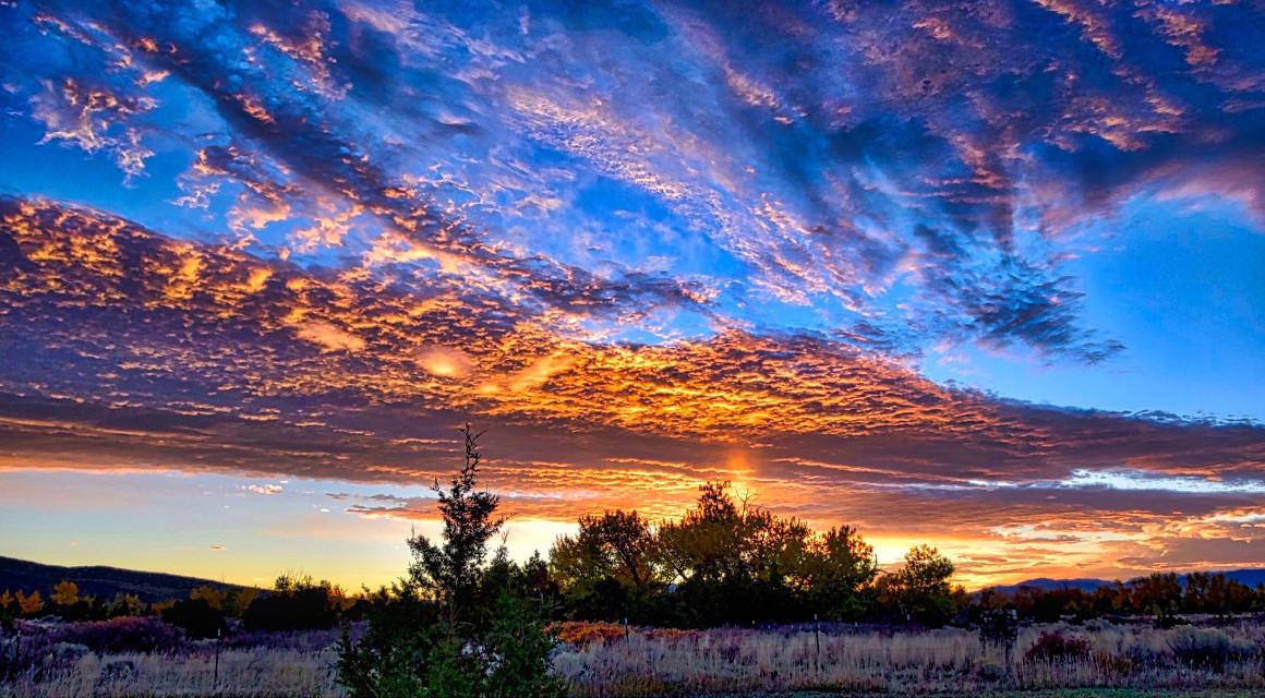 Golden Slumbers#AngelEyesImages#sunset#instagram#instagrammers#instagramers#picsart#picoftheday#nikon#nikonusa#nikond5300#nikonphotography#travel#travelphotography#traveling#beautifulsunset#sunsets#lumixusa#canonusa#utah#utahlandscape
