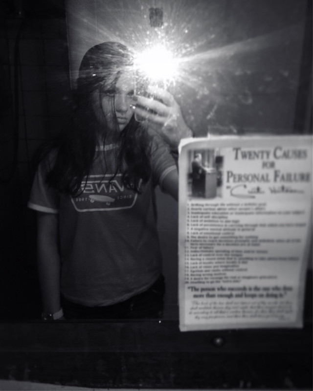 #pcmirrorselfie #mirrorselfie #freetoedit #reflect #flash #mirror #selfie #vans