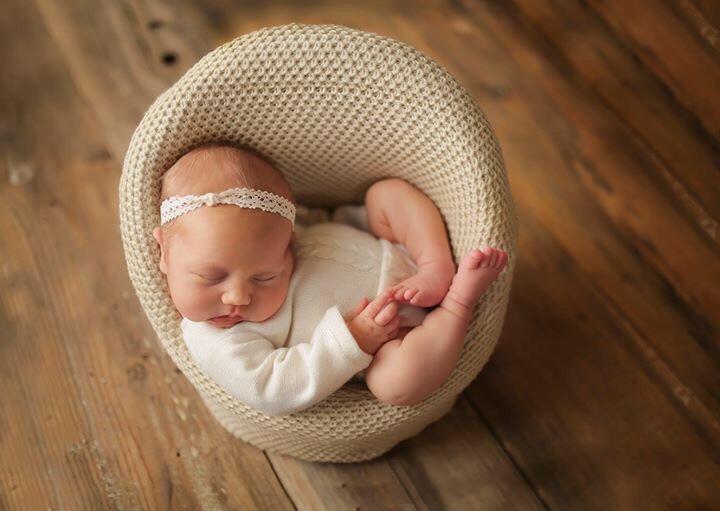 #newborn #posing #chair #art #photographylife #photography #photographer #babies @nicolalane