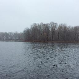michigan weather april snowflakes lake