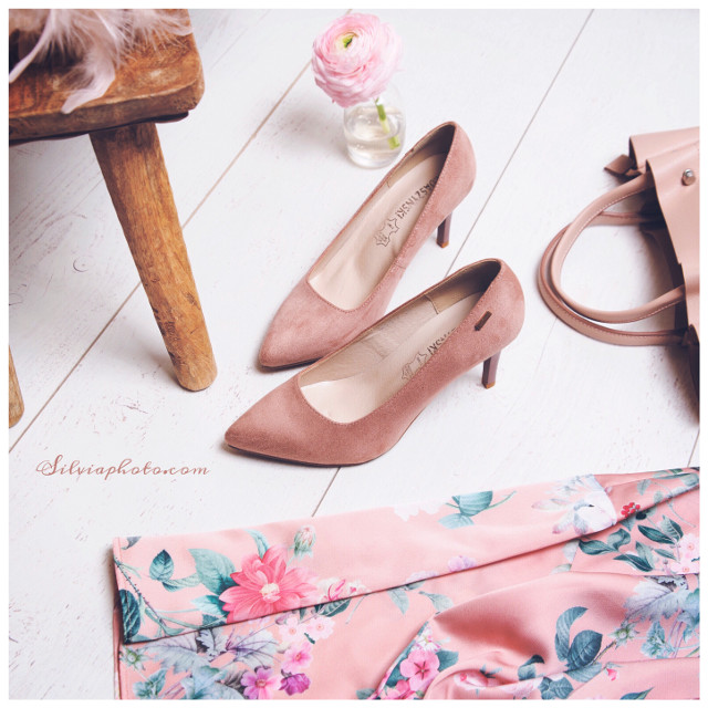 #interesting #shoes #shoeslove #pinkshoes #heels_love #chick #woman #springcollection #polishgirl #photography #myjob #happiness