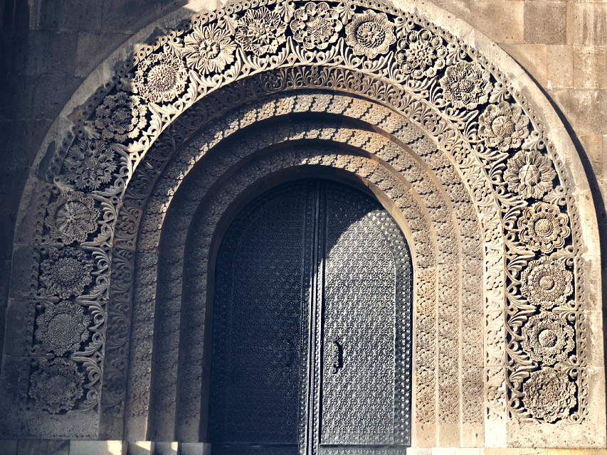 #architecture #art #masterpiece #doors #interesting #city #sculpture