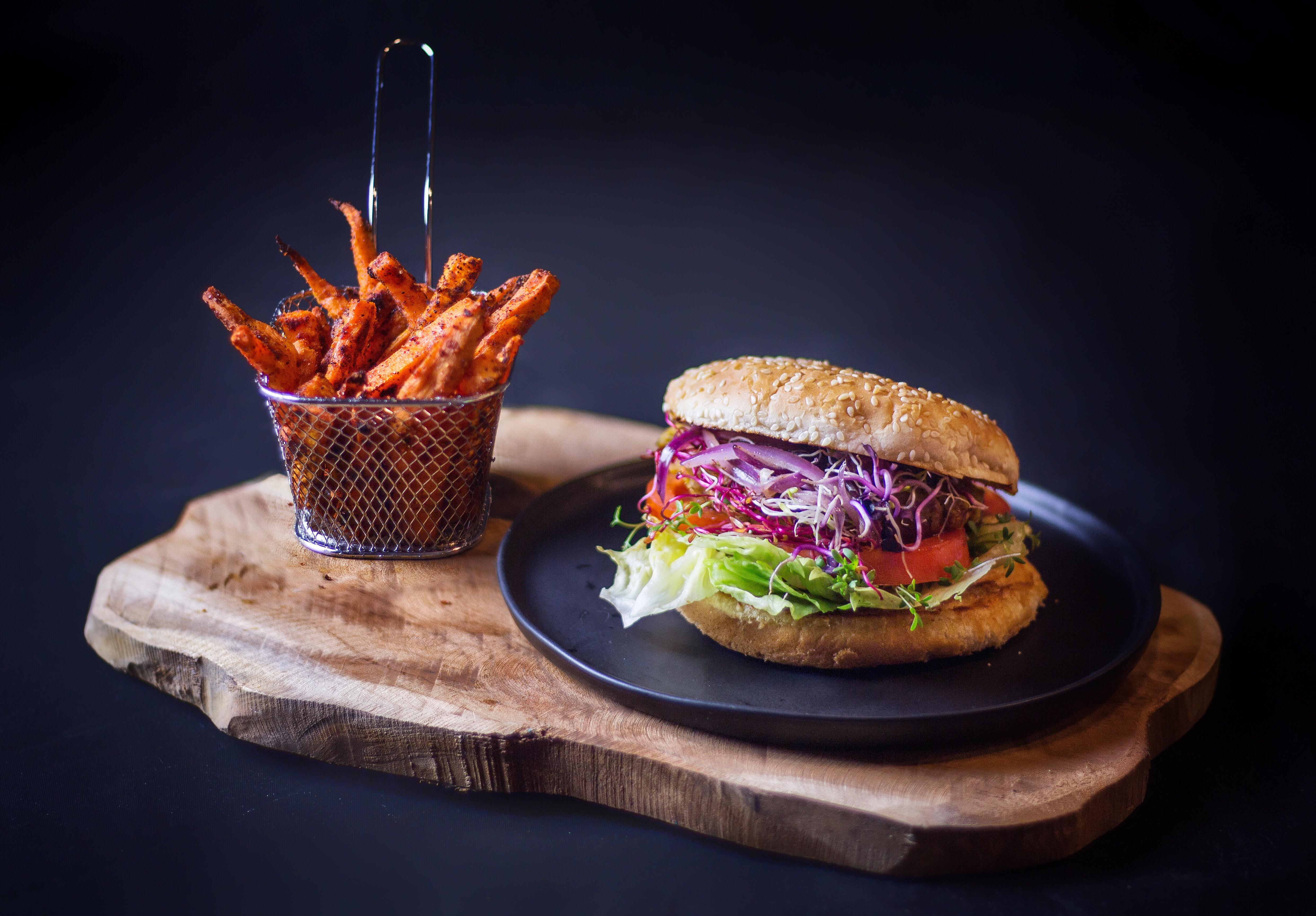 Food Photography pt.1#food #burger #foodblogger #foodporn #photography #foodphotography #fries #sweetpotato