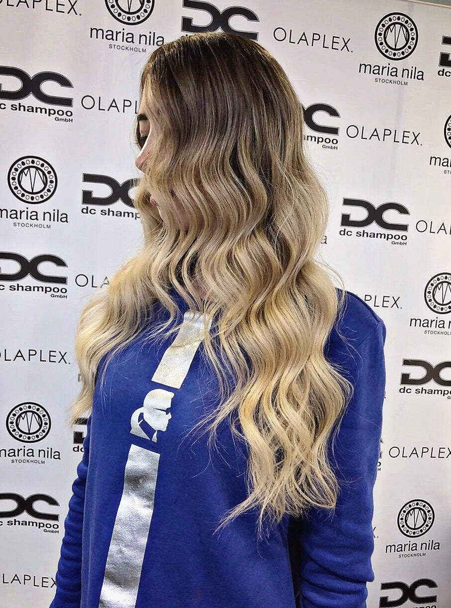 Do you like my new hairstyle? #freetoedit #hair #hairstyles #hairgoals #blond #balayage #blogger #influencer
