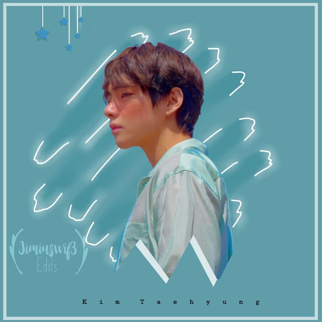 So simple taehyung's edit~  Hope you like it guys!              #kimtaehyung #taehyungkim #blue #matecolor #lighten #stars #btsv #Taehyung #blush #freckles #bangtansonyeondan