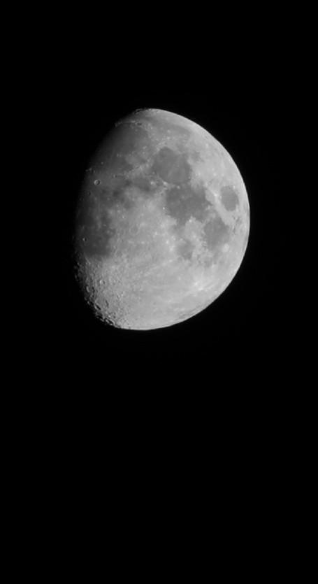 #blackandwhite #noir et blanc #siyahbeyazask #siyahvebeyaz #noiretblanc #moon #canonphotography #canoneos5d