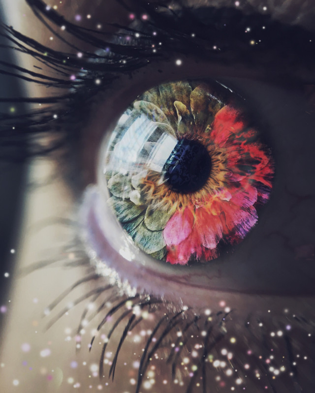 In her eyes #eyes #art #arts #eyescolor #music #photography #macro #creativeedit