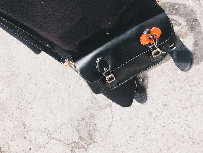#freetoedit #black #clothes #mood #red #flower #allinblack #bag #photography #selfie #walking #sunnyday