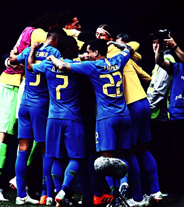 #freetoedit #brazil #worldcup #worldcup2018 #russia #winner #celebrate #coutinho #neymar #jesus #football #footballers #footballplayers