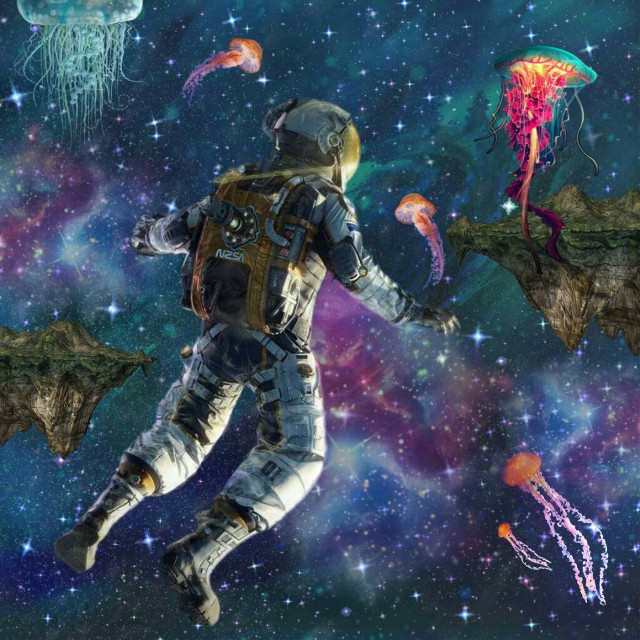 #freetoedit #exploring #space #thursday #astronaut