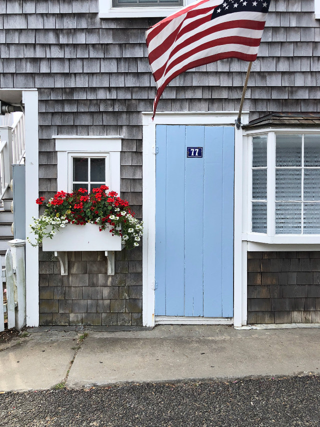#redwhiteandblue #windowsanddoors #door #redwhiteandblue #windowboxes #freetoedit