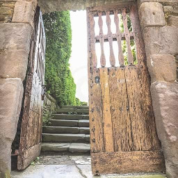 evamiretphotography photography nature naturelovers doors