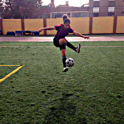 freetoedit helptoedit female football femalefootball