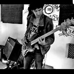 music studio bassplayer