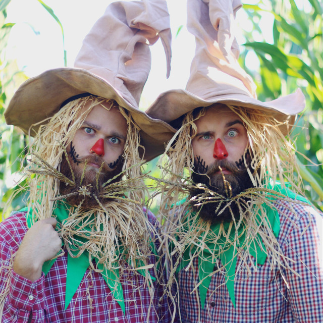 What's scarier than waking up on a Monday?! #Halloween #scarecrows #Fall #Beards