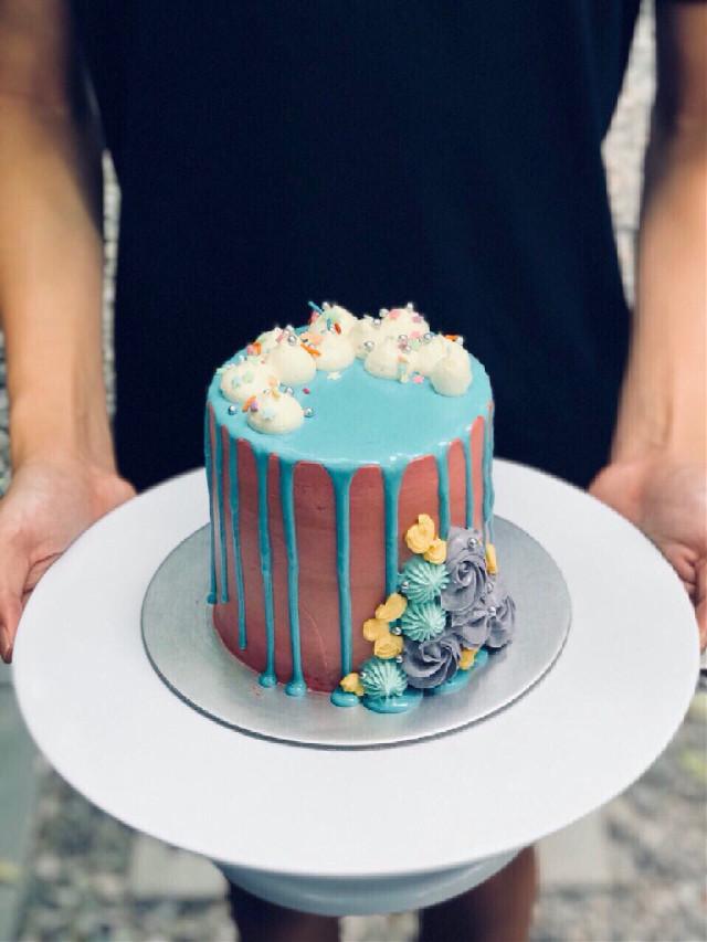 Funfetti 🎉 #freetoedit #birthday #party #art #summer #photography #colorful #colorsplash #blackandwhite #cake #food #nature