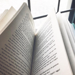 reading books bookselfie bookphotography bookpage freetoedit