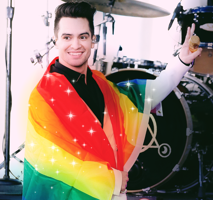 This beautiful human being has helped me through some really rough times❤ #brendonurie #panicatthedisco #prideflag #lgbtlove #lgbtq+