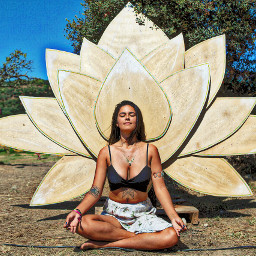 boomfestival flordelotus zen yoga