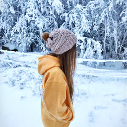 pcwinterclothes winterclothes pcstrangers strangers pchandmadecrafts pctheworldaroundme pclifestylephoto pcsnow pcoutfit pcoutdoorwinter pcfavtshirt pctimelessmemories pcfromwhereistand pcootd pcwomanoftheday pcweekend pcvacationselfie pcfaceless pcmyfavshot worldphotographyday