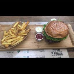 burger pommes ketchup mayonnaise jummy