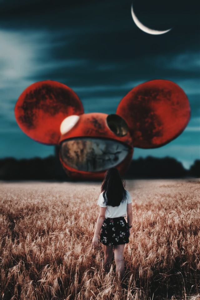 DEADMAU5 ♥💀 #freetoedit #edit #picsart #madewithpicsart #dj #deadmau5 #mask #girl #lost #moon #night #creative #visualart #art #visual