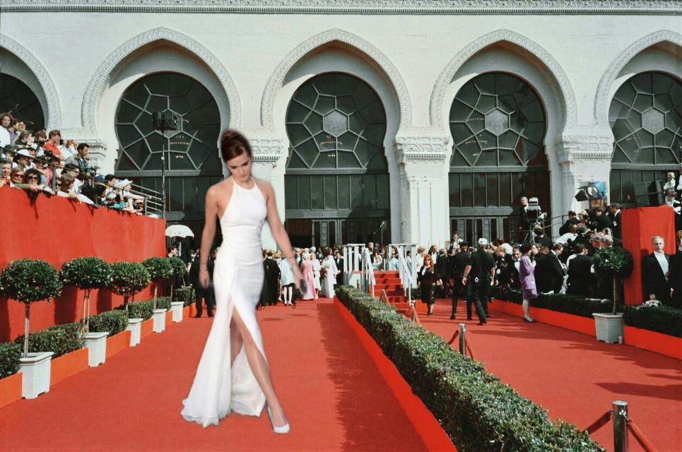 #freetoedit  #ircredcarpet #redcarpet #OscarsRedCarpet #OscarsAwardsShow #emmawatson